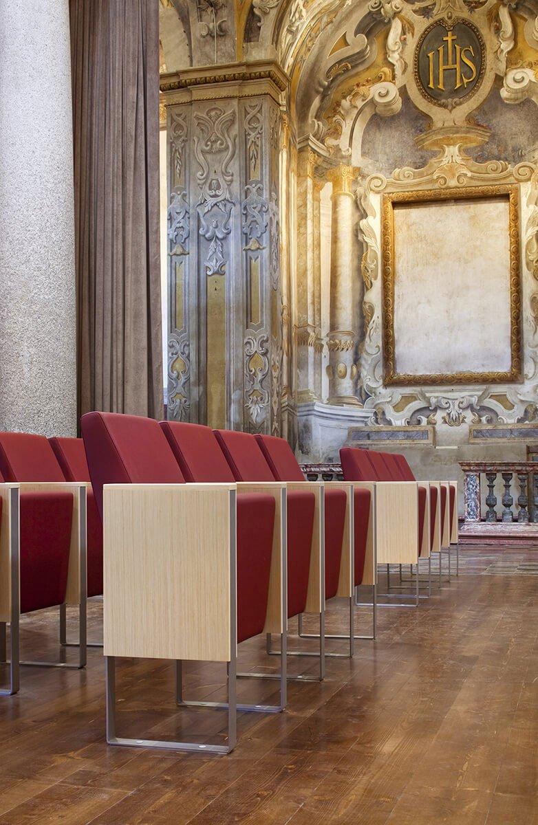 C100 mobilier auditorium