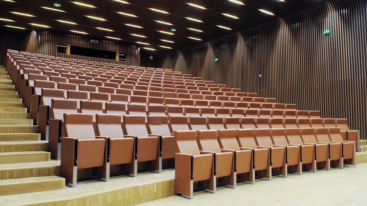 Mobilier auditorium fauteuil c100
