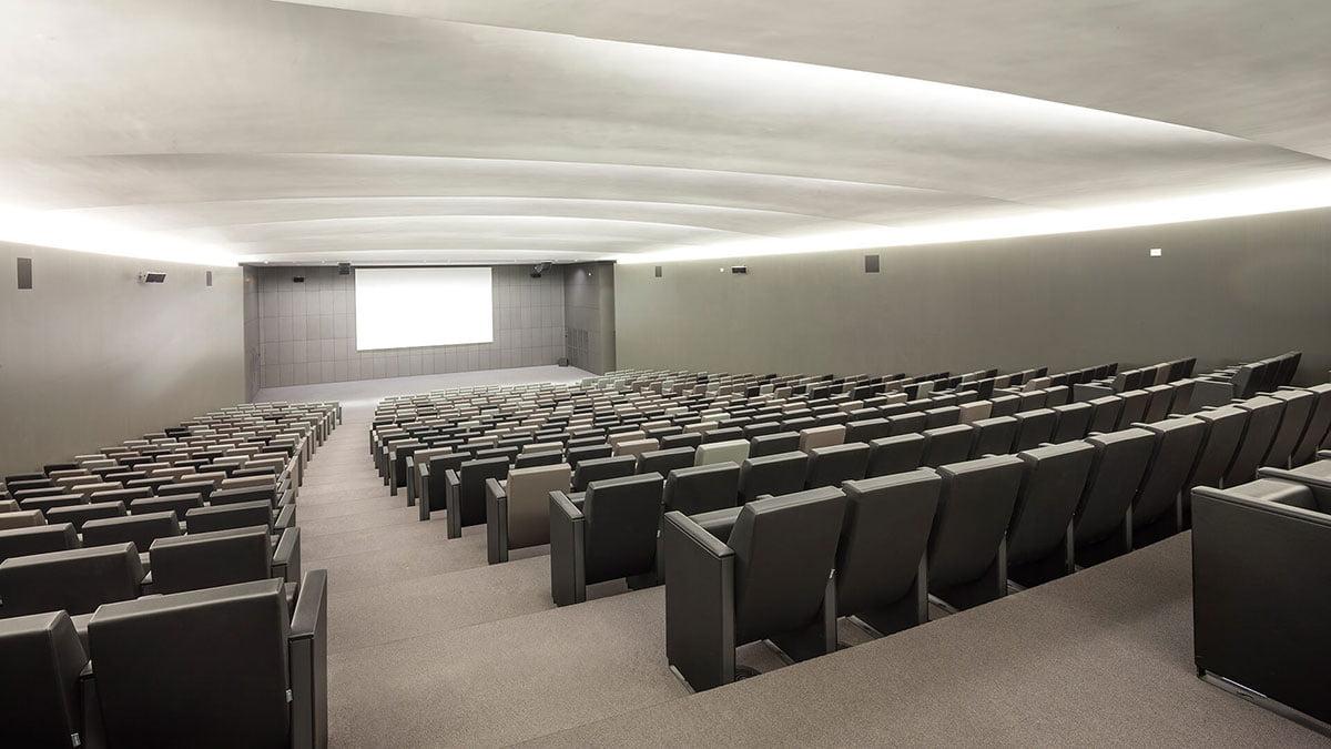 siège auditorium c100