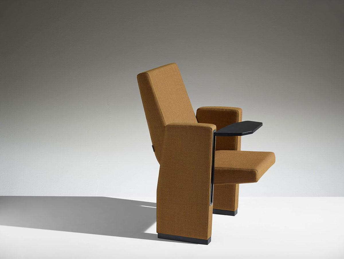 lamm M100 sièges amphithéâtre
