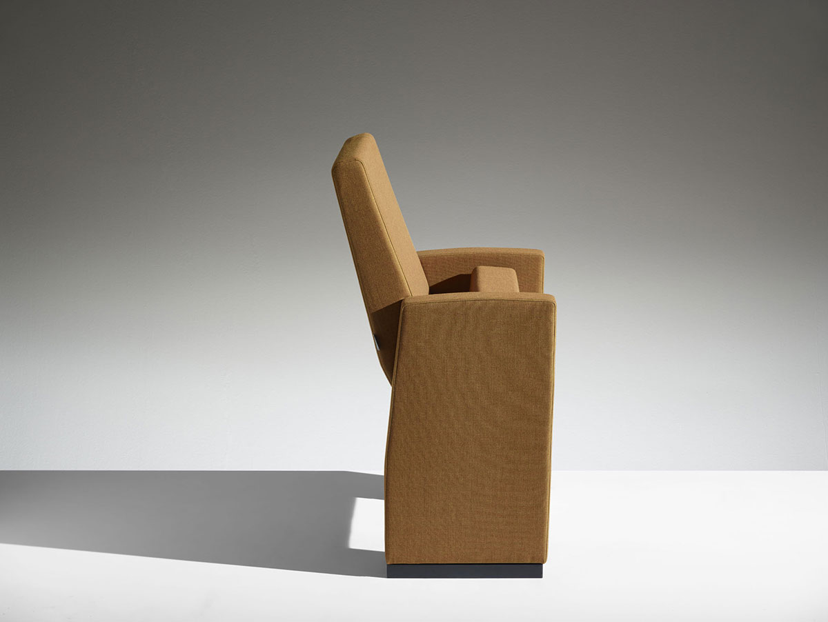 Mobilier M100
