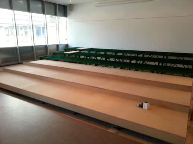 installation tribune amphi