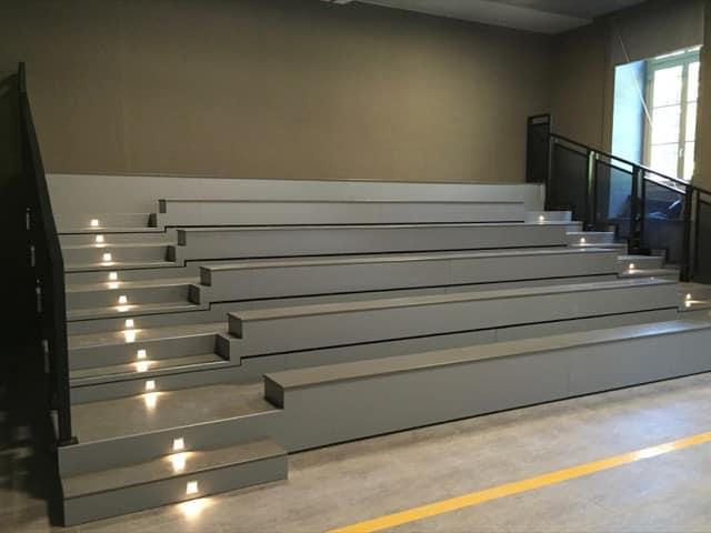 tribunes fixes amphi