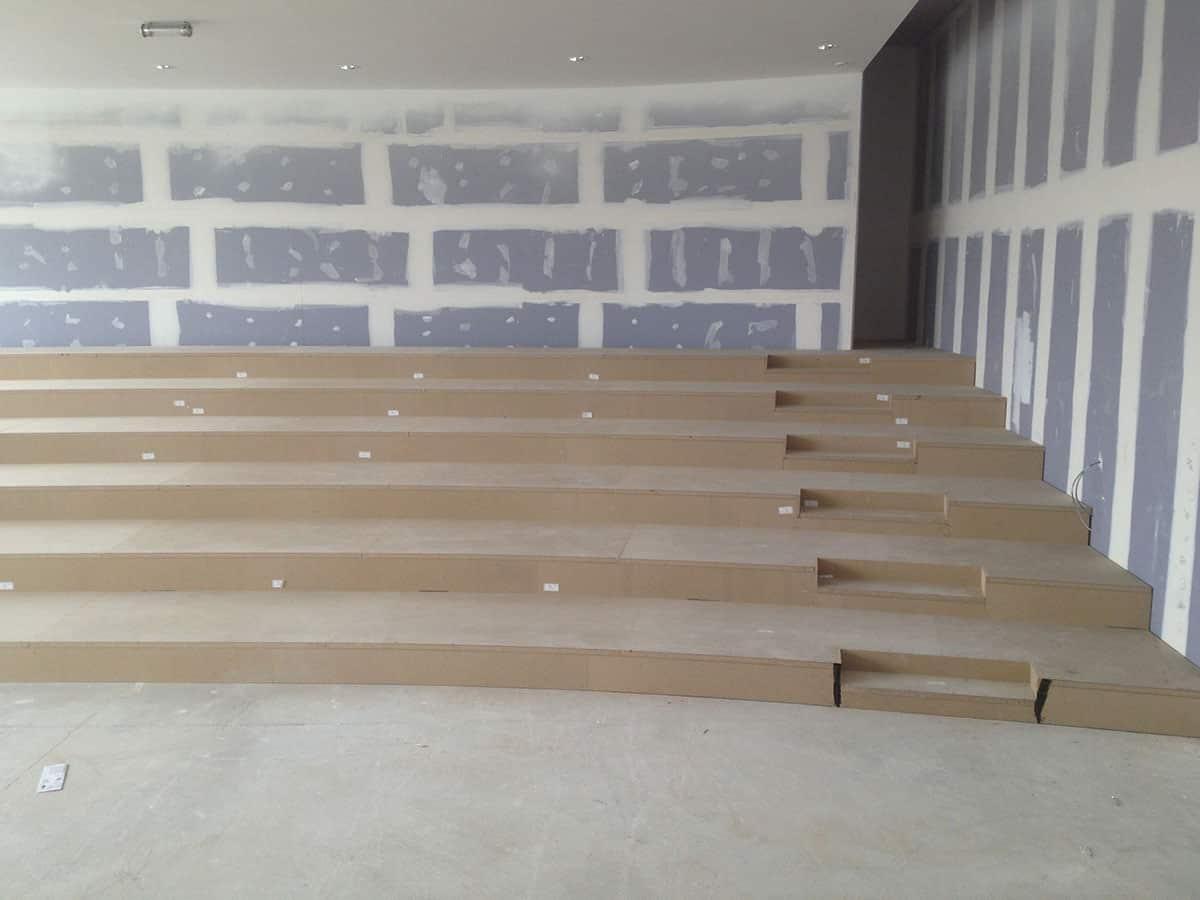 Fabrication Estrade En Bois tribunes fixes et gradins bois – atoma mobilier amphithéatre